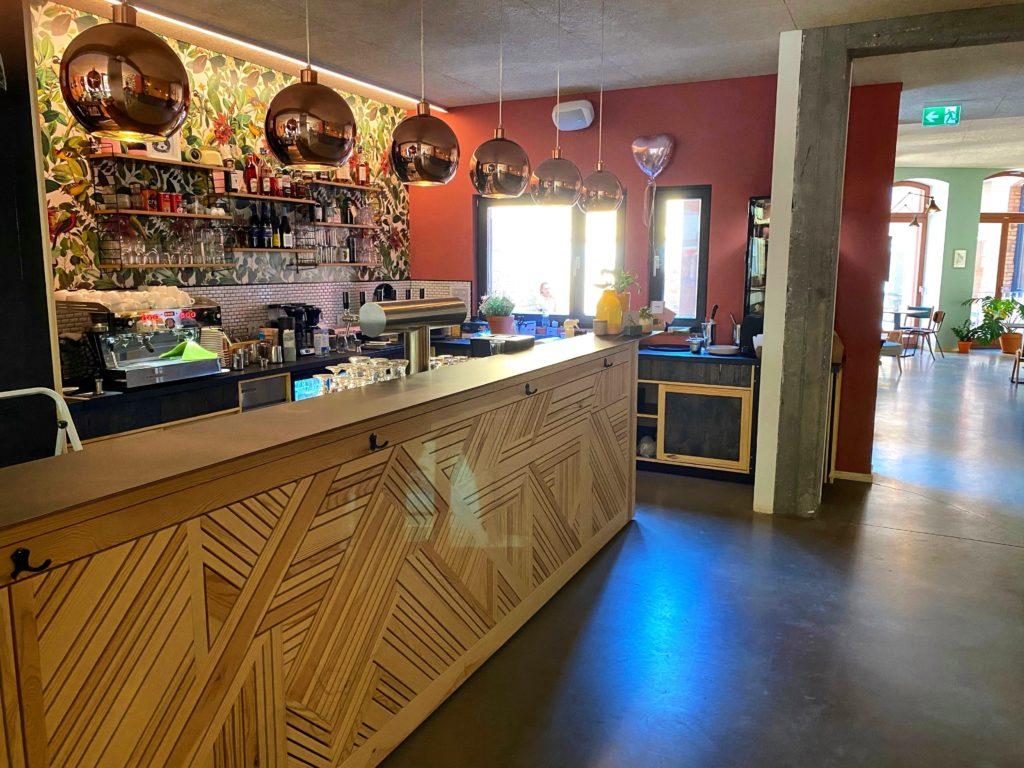 Bar des Nest