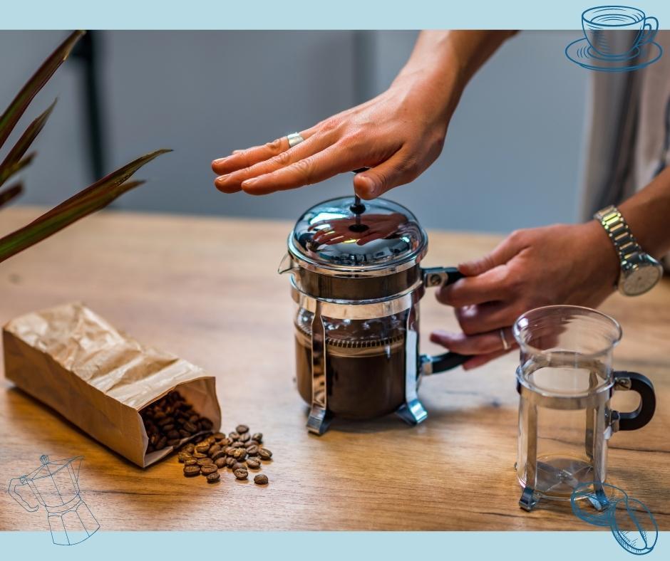 Frechpress Kaffeezubereitung