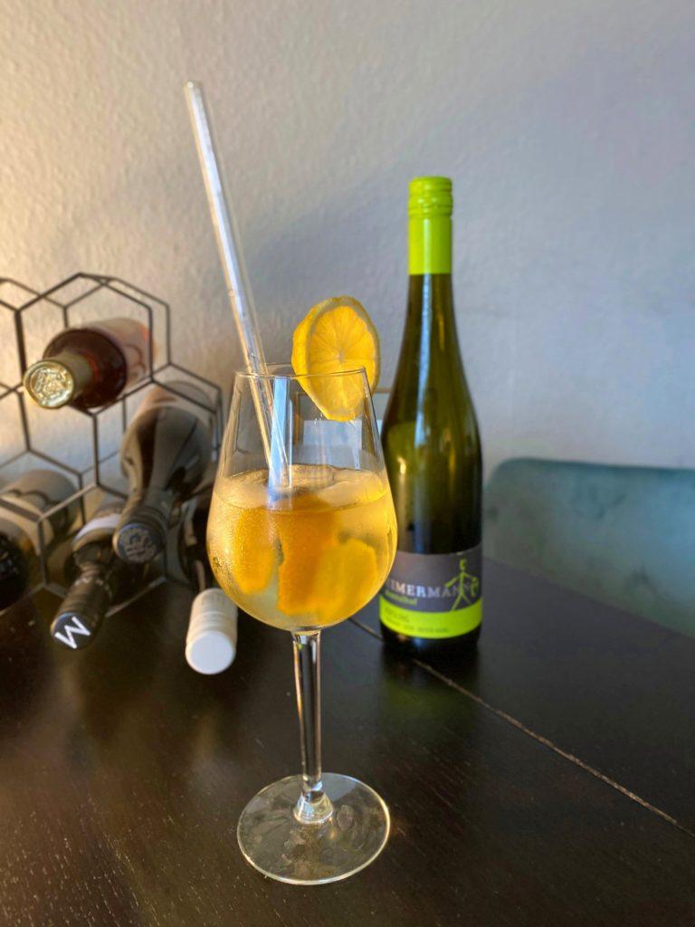 Saure Wein Cocktails
