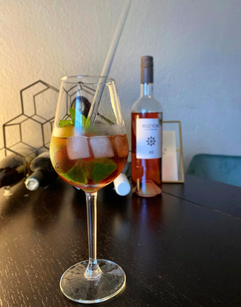 Rosé Wein Cocktail