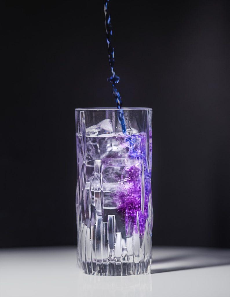 Farbwechsel bei Tinte Gin