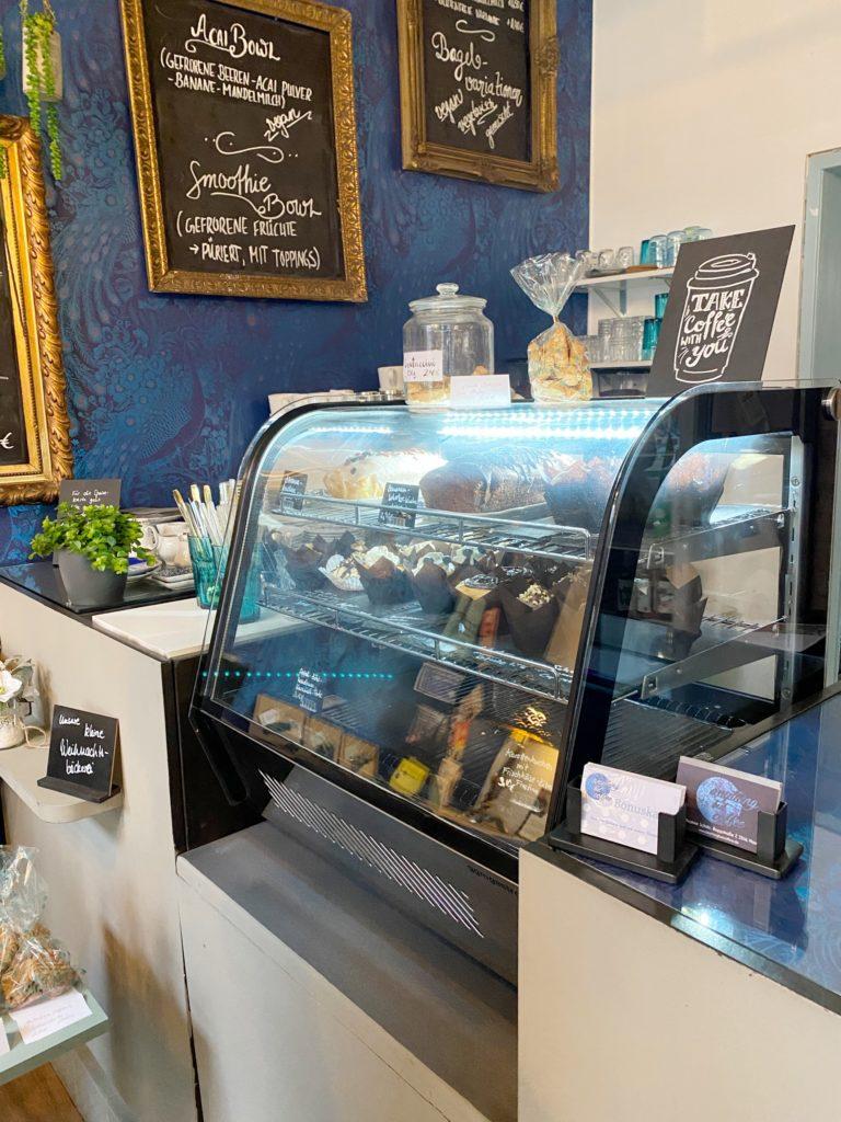 Kaffe & Kuchen für To-Go bei Anything but coffee