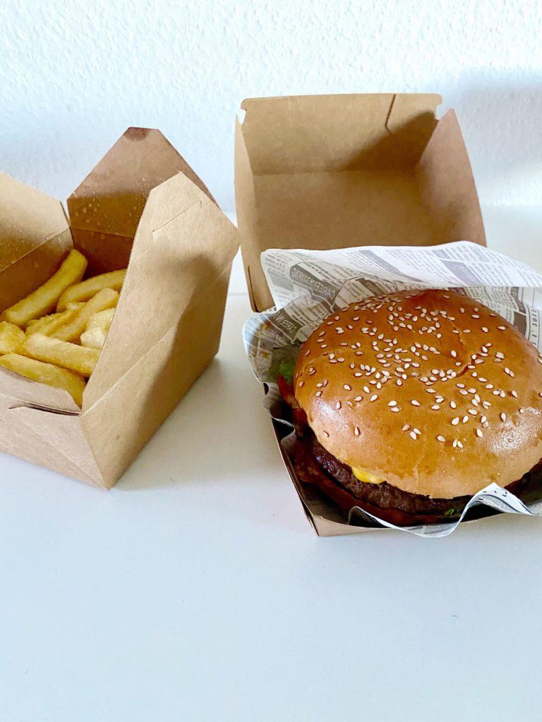 Cheeseburger bei Burgeria Bodenheim